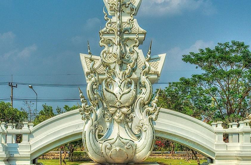 Wat Rong Khun (White Temple), Chiang Rai, Thailand 2