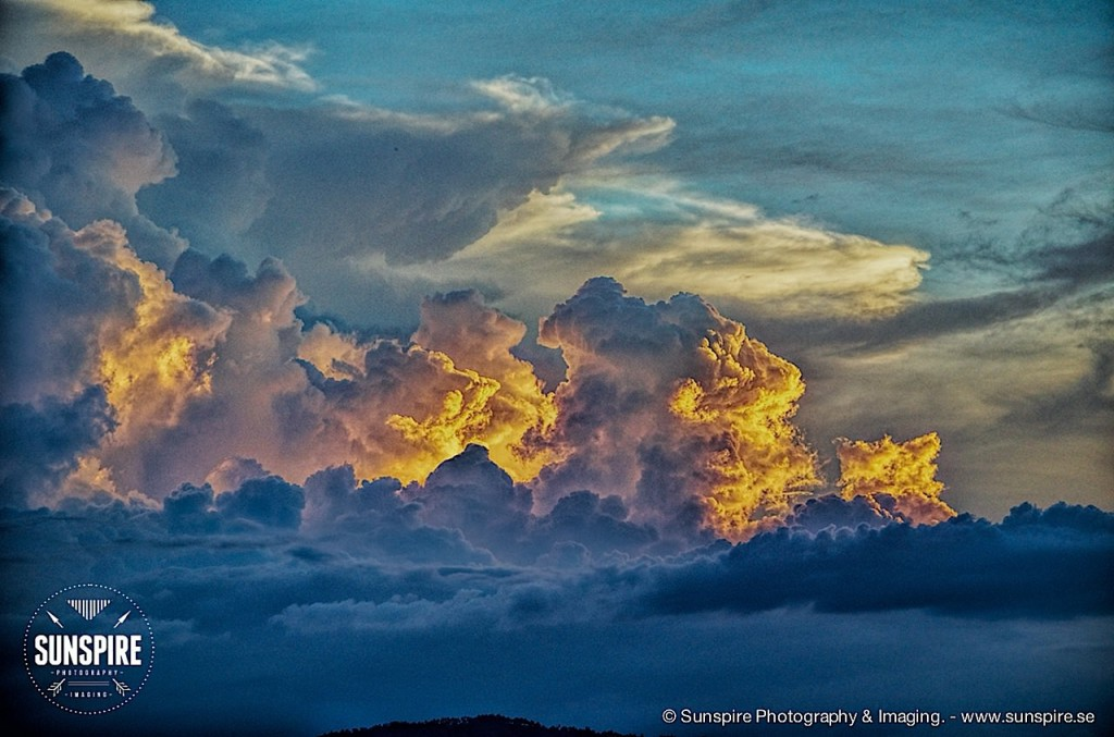 Stormfront during the golden hour.... Bo Phut, Koh Samui, Thailand